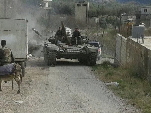 Quân đội Syria đánh chiếm núi Al-Qamawa và làng Beit Binjarou Bắc Latakia