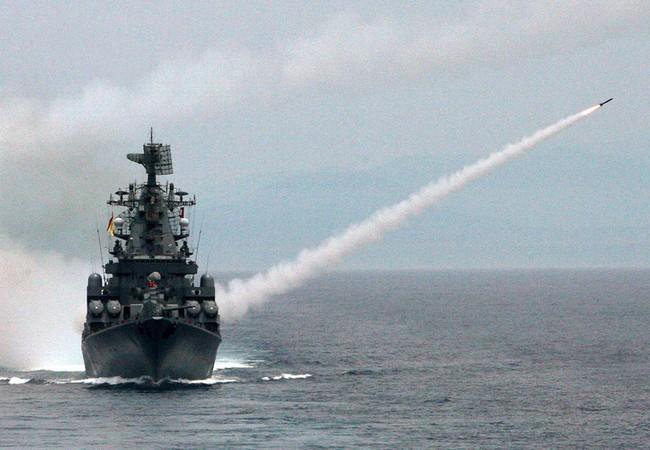 Hải quân Nga bất ngờ phóng tên lửa hành trình tấn công Al - Nusra