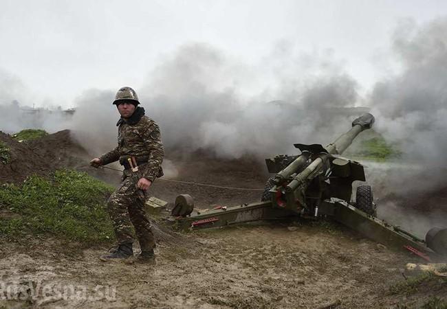 Pháo binh Armenia tập kích vào các khu tập kết quân đội Azerbaijan