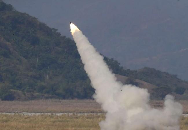 Mỹ - Philiphine tập trận với pháo phản lực HIMARS răn đe Trung Quốc