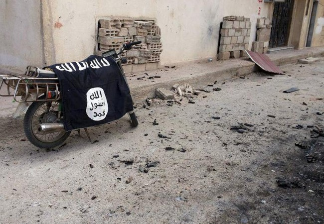 Mỹ: IS tuyên bố tình trạng khẩn cấp ở Raqqa (Video)