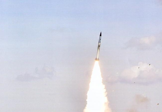 """Việt Nam có thể """"lên đời"""" S-300PMU-1 lên chuẩn S-300V4 tương đương S-400"""
