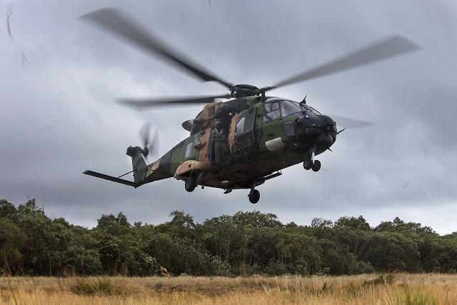 Hải quân Úc diễn tập đổ bộ có sử dụng tàu đổ bộ trực thăng lớp Canberra (Video)