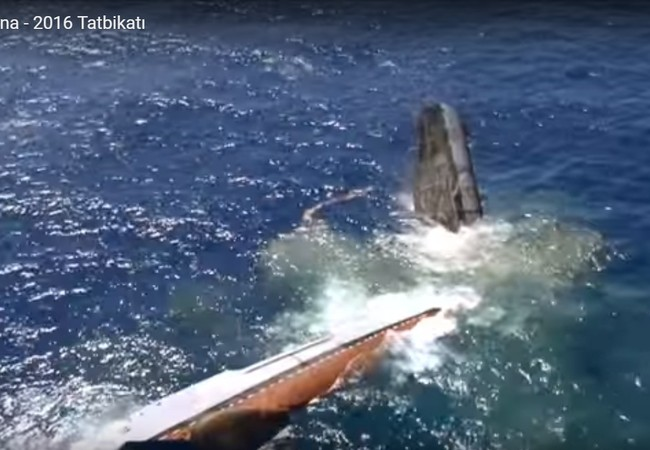 Video: Ngư lôi Thổ Nhĩ Kỳ đánh chìm tàu chiến Mỹ
