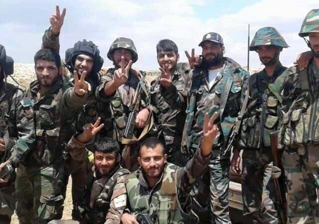Các binh sĩ thuộc sư đoàn 11 quân đội Syria