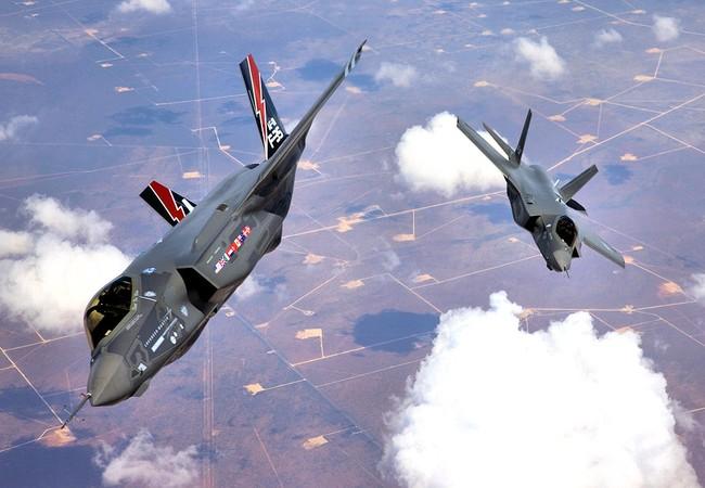 Máy bay tàng hình thế hệ thứ 5 F-35 Lighting II