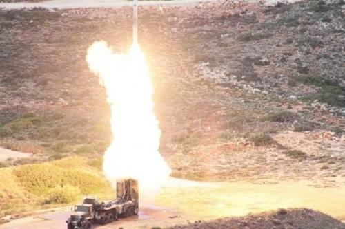 S-300 phóng tên lửa