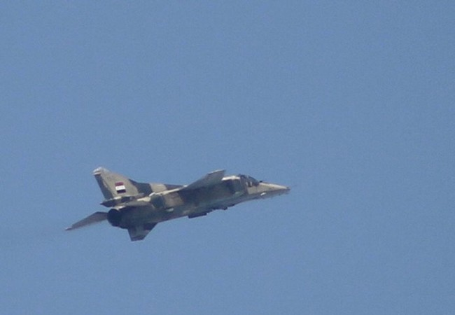 Máy bay phản lực Syria không kích phía Nam thành phố Aleppo
