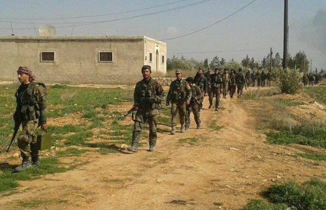 Lực lượng binh sĩ Tigers trên đường hành quân