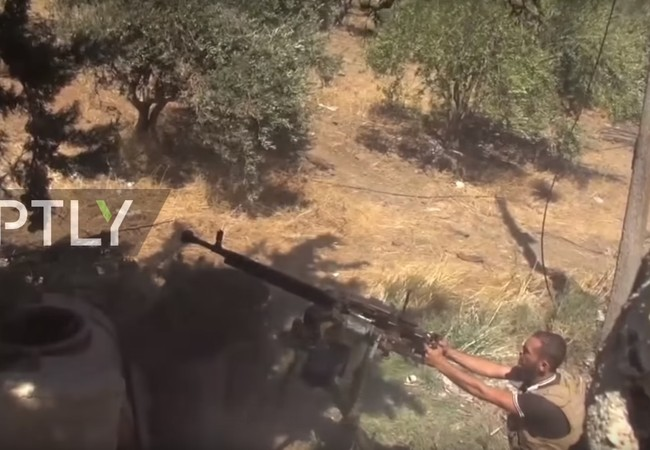 Chiến binh Hồi giáo cực đoan tấn công hỏa lực vào vị trí của quân đội Syria