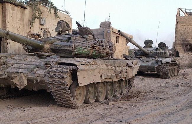 Xe tăng lực lượng Vệ binh Cộng hòa trên chiến trường Aleppo