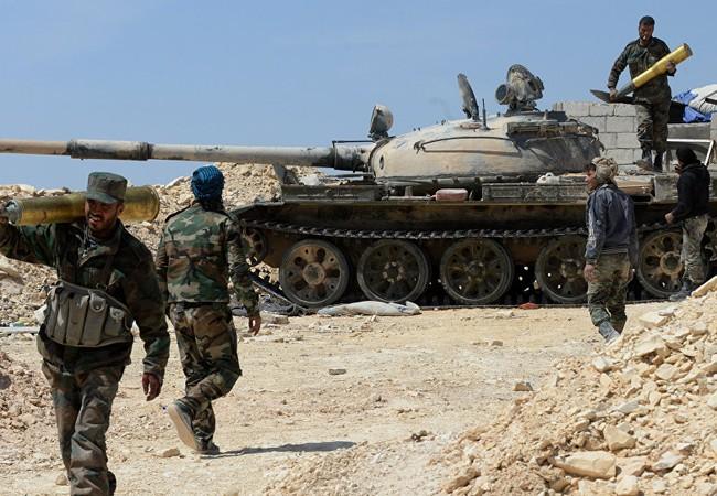 Binh sĩ quân đội Syria chuẩn bị cho cuộc tấn công vào Tây Ghouta