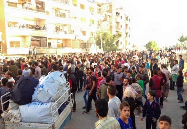 Các chiến binh Hồi giáo cực đoan tập trung chuẩn bị di tản về tỉnh Idlib