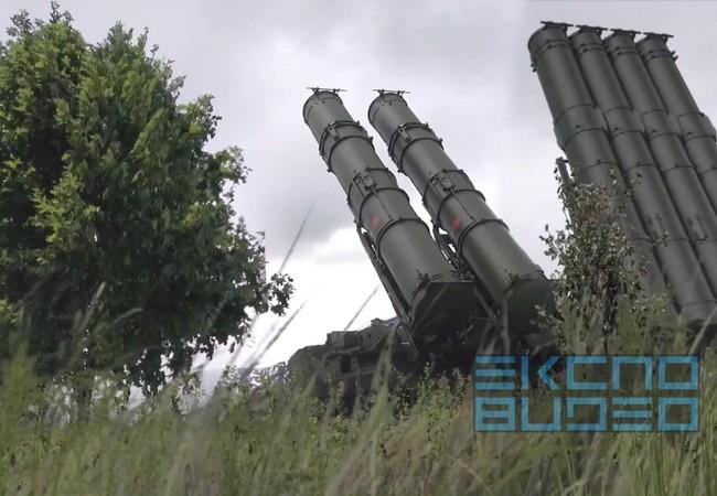 """Tổ hợp tên lửa phòng không S-300VM """"Antey-2500"""""""