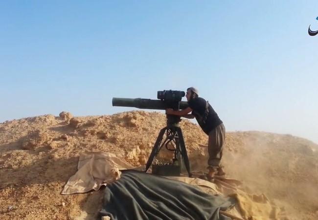 Chiến binh IS sử dụng tên lửa chống tăng TOW của Mỹ
