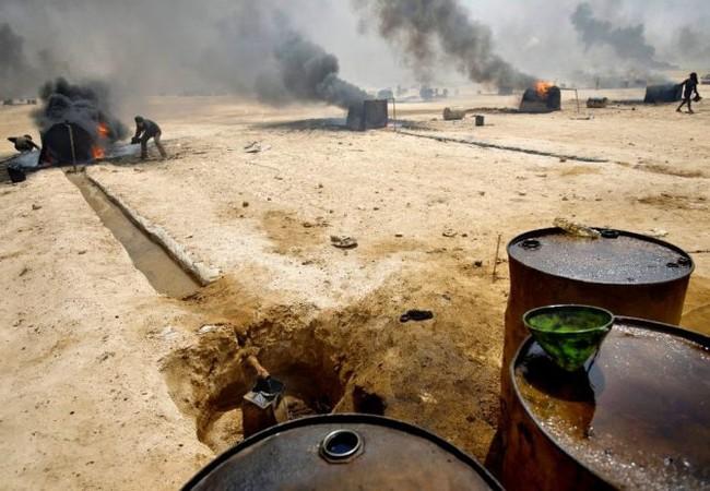 Công nghiệp ăn cướp dầu mỏ của IS