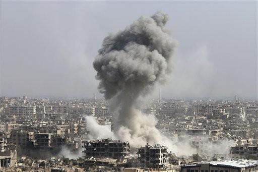 Lực lượng Hồi giáo cực đoan tấn công bằng xe bom tự sát vào chiến tuyến quân đội Syria