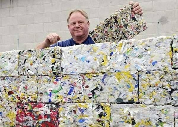 Gạch nhựa phế thải của Peter Lewis