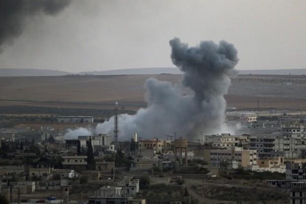 Không quân Syria không kích ác liệt chiến trường Tây Nam Aleppo