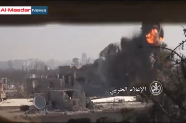 Vụ nổ kinh hoàng chôn vùi hàng chục phiến quân ở thị trấn Harasta, Damascus