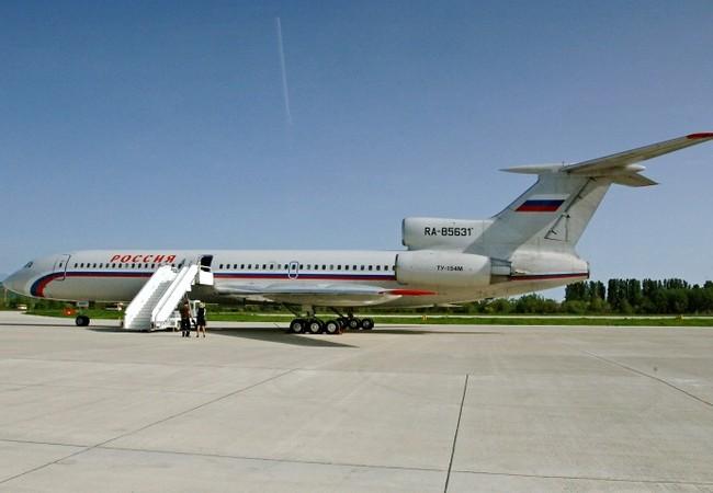 Máy bay chở khách Tu-154 Nga