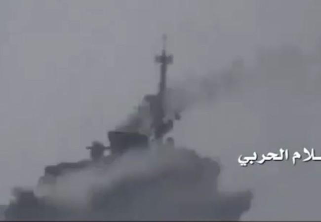 Khu trục hạm của Ả rập Xê út bị trúng tên lửa