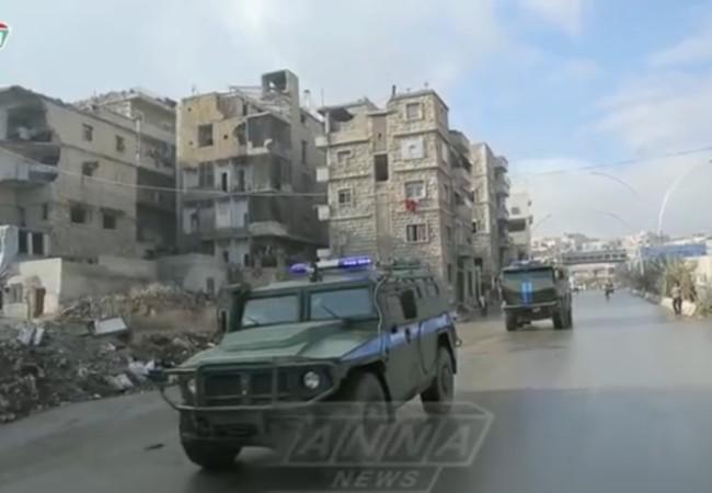 Đơn vị quân cảnh Nga trên đường thực hiện nhiệm vụ ở Aleppo