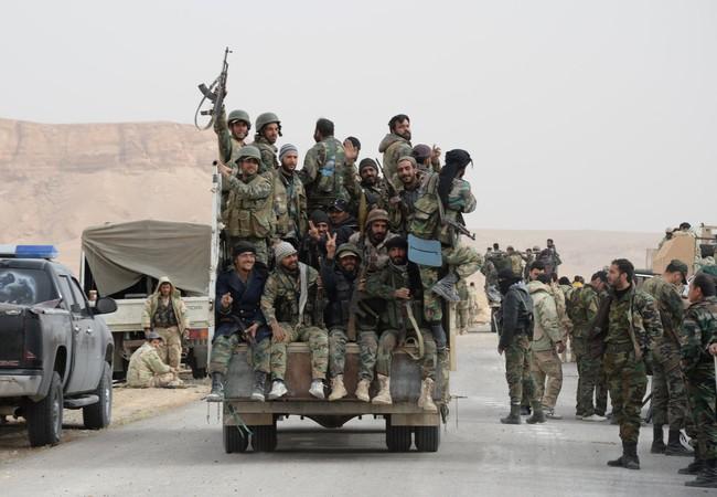 Binh sĩ Syria tại Palmyra