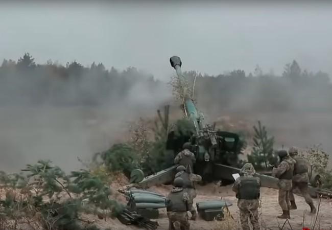 Pháo binh Ukraine tập kích hỏa lực vào khu vực Donesk