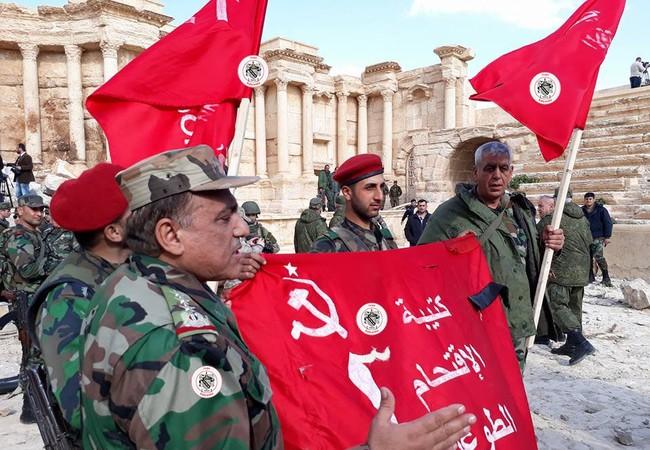 Binh sĩ quân đoàn tình nguyện số 5 trên chiến trường thành phố Palmyra