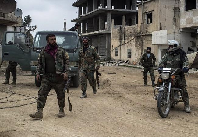 Binh sĩ quân đội Syria trên chiến trường thành phố Daraa