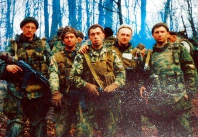 Những binh sĩ và sĩ quan lực lượng ĐBĐK Nga tham gia trận đánh, hầu hết trong số họ đã hy sinh