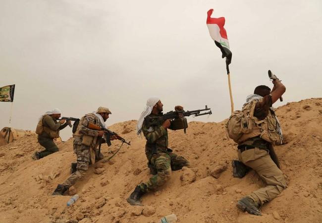 Các binh sĩ Iraq trong cuộc tấn công vào Mosul