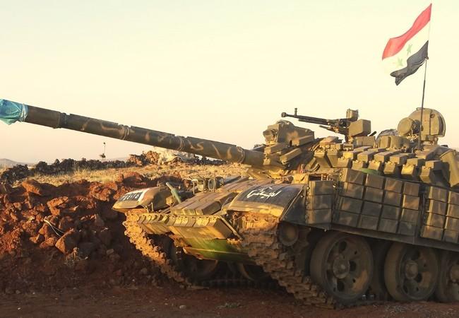 Một xe tăng quân đội Syria trên chiến trường Syria