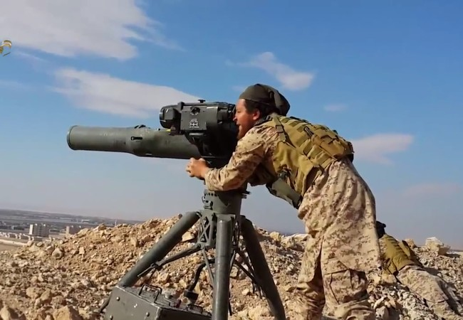 Phiến quân thánh chiến sử dụng tên lửa TOW tấn công quân đội Syria
