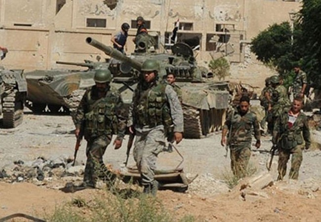 Binh sĩ quân đội Syria trên chiến trường Damascus