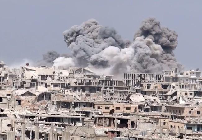 Không quân Nga - Syria không kích chiến tuyến của lực lượng phiến quân ở Daraa
