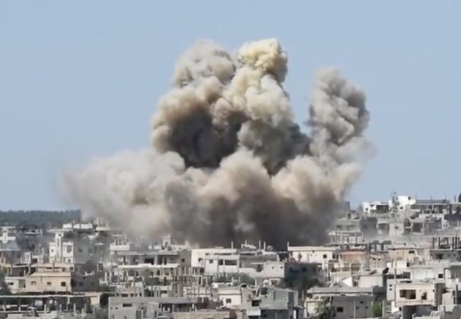 Không quân Nga không kích dữ dội trên chiến trường thành phố Daraa