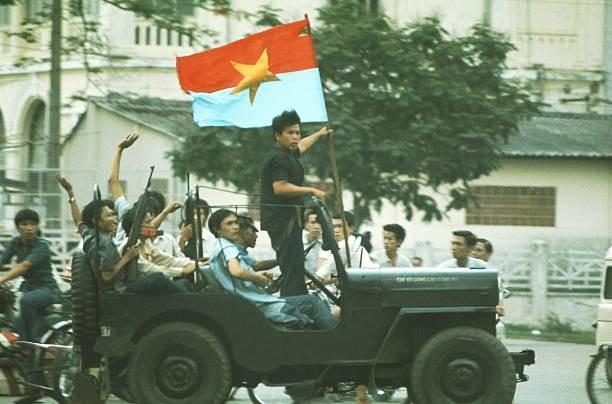 Các chiến sĩ biệt động Sài Gòn trong ngày chiến thắng