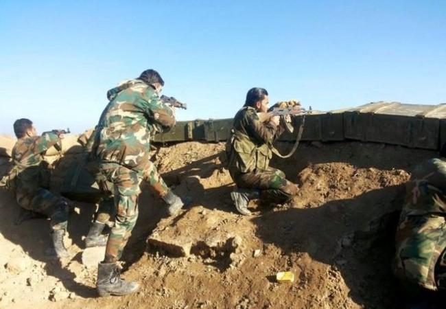 Binh sĩ quân đội Syria trên chiến trường Deir Ezzor