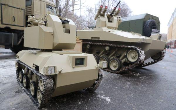 "Tổ hợp robot ""Soratnik"" và ""Nerekhta"" thuộc tập đoàn Kalashnikov"