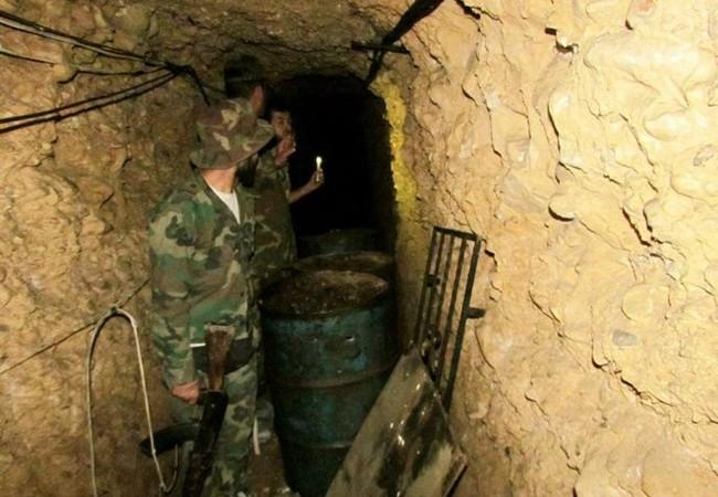 Căn cứ hầm ngầm lực lượng Hồi giáo cực đoan thánh chiến trong quận Al-Qaboun, ngoại ô Damascus