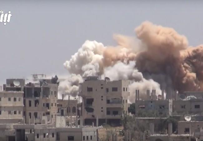 Hỏa lực kinh hoảng của các cuộc không kích và pháo kích bằng tên ở của sư đoàn cơ giới số 5 đánh vào Daraa