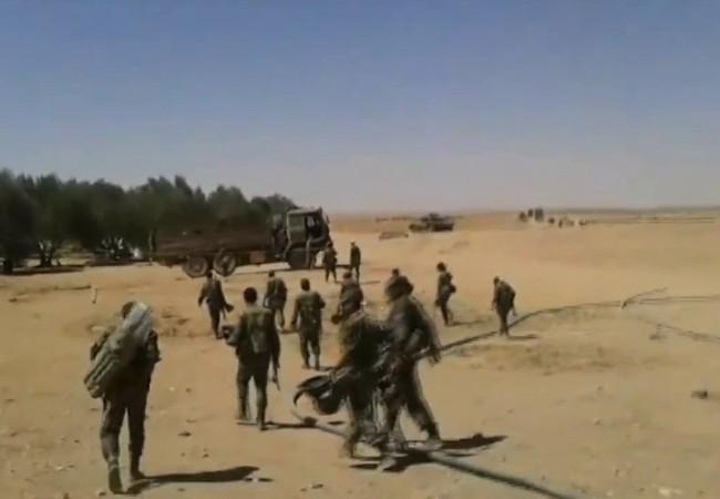 イラクとの国境のシリア軍部隊