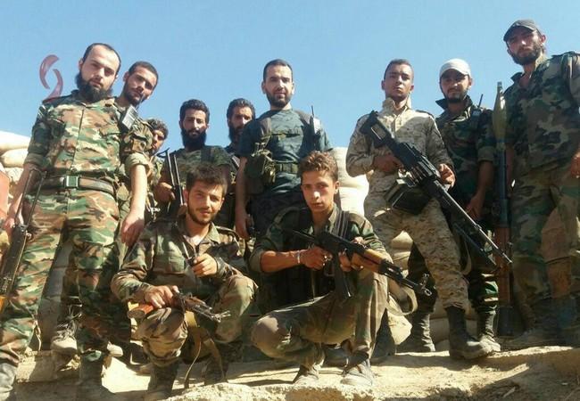 Binh sĩ quân đọi Syria chuẩn bị cho cuộc tấn công phía đông Hama