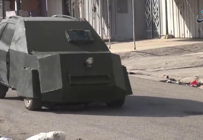 Xe bom của IS trên đường phố một ngôi làng ở tình Hama