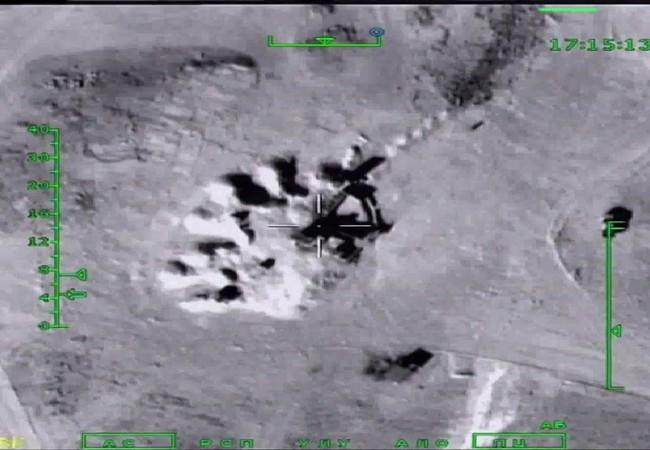 Tên lửa hành trình Kalibr tấn công mục tiêu