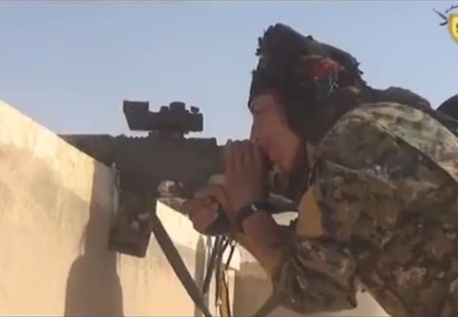 Lực lượng dân quân người Kurd tấn công IS, đánh chiếm làng Ratlah ngoại ô thành phố Raqqa
