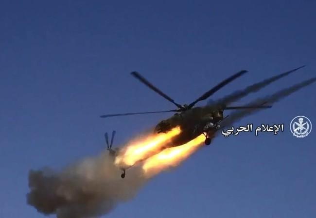 Trực thăng chiến đấu Nga tập kích hỏa lực trên sa mạc Palmyra