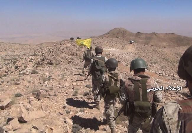 Lực lượng Hezbollah tiến công trên vùng nông thôn Jaroud Arsal, tuyến biên giới Lebanon - Syria